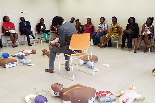 Health and Non-Health Professionals in Ghana trained on CPR at  UGMC